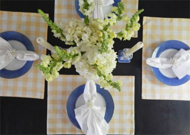Dining room tablescape 3
