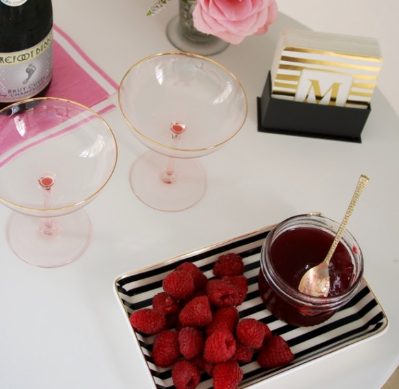 champagne-cocktail-with-raspberry-jelly2