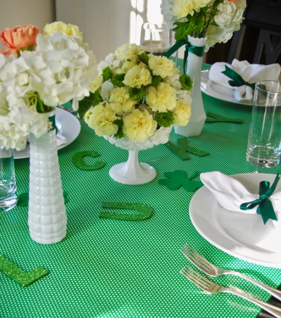 lucky-green-saint-patrick's-day-table-decor