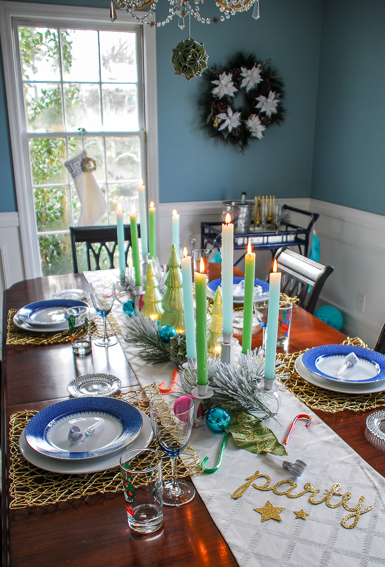 Simple Christmas Table Decorations