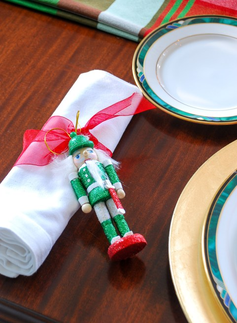 The Southern approach to holiday etiquette and hospitality plus a plaid Christmas table idea.