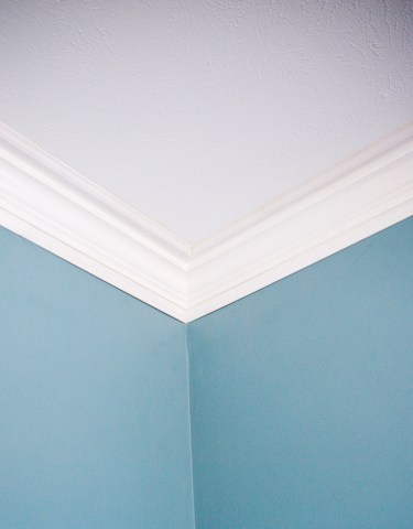 DIY-Crown-Molding-10
