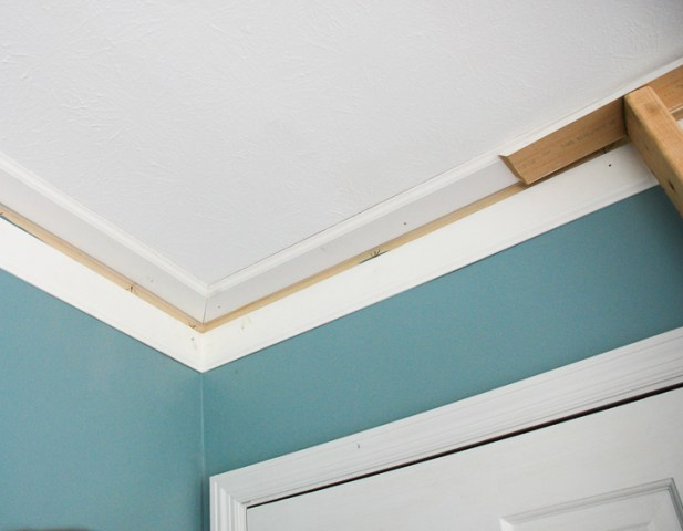 corner of crown molding