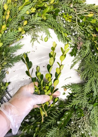 DIY Christmas wreath tutorial - how to create a hand of greenery