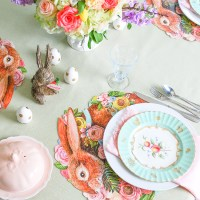 An Easter Brunch Table with The Knoxville Flowerpot