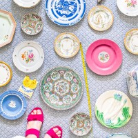 How to Curate a Plate Wall Display