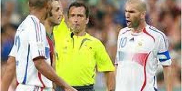 Traces Jorge Larrionda, Referee Controversial