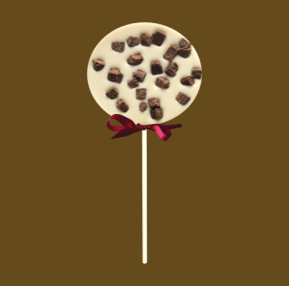 white chocolate lolly with chocolate fudge pieces