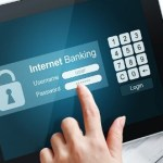 Aman Bertrantraksi Dengan Internet Banking