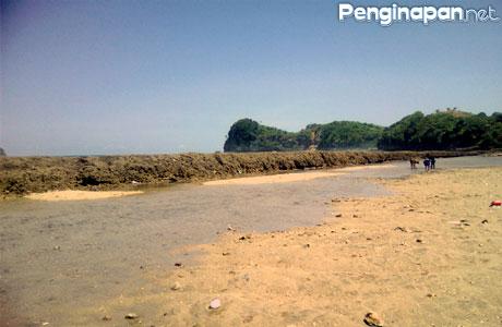 Harga Tiket Pantai Parang Dowo Objek Wisata Unik Di Malang