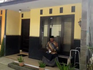 Halaman depan Royal Homestay (sumber: traveloka)