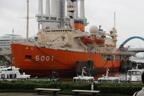 名古屋港の南極観測船ふじ
