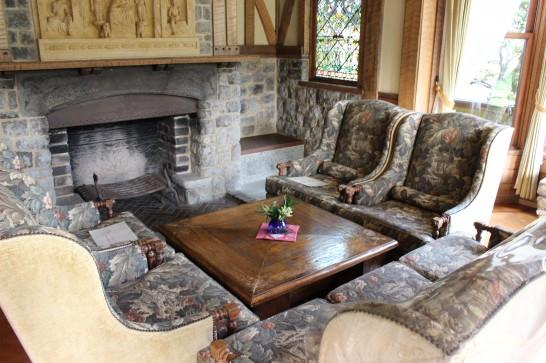 中世英国のチューダー様式を用いた「玉渓」