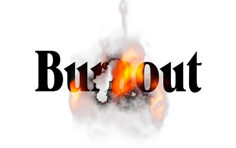 mengatasi burnout karyawan
