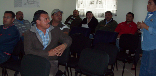 Se reunen productores de abulón con autoridades
