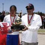 El trofeo de la Copa Coca Cola en la rama femenil se lo llevó la Secundaria 13 de La Paz.