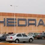 La cadena de supermercados opera 160 tiendas en México y Estados Unidos, y se sabe que este año planea abrir 20 nuevas tiendas, de las cuales 15 estarán en el país y cinco más en el país el vecino del norte, su planta laboral supera con ello los 25,000 empleados.