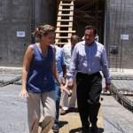 La construcción del CRIT-BCS avanza conforme a lo programado y será una de las obras de mayor impacto social de la administración de Narciso Agúndez, quien ayer supervisó los trabajos acompañado de directivos de la fundación TELETÓN.