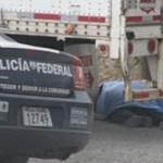 Los agentes federales fueron emboscados sobre el Libramiento Noroeste, mientras inspeccionaban un camión de carga. Los agentes tuvieron tiempo de pedir apoyo vía radio, pero aún así no lograron sobrevivir a la balacera.