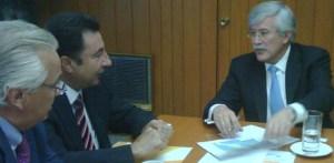 El gobernador Narciso Agúndez se reunió este martes en la capital del país con el subsecretario de Infraestructura de la SCT Oscar de Buen, en donde evaluaron el avance del programa Sexenal carretero.
