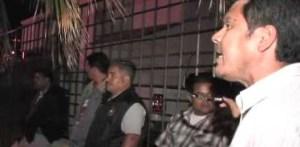 El padre del joven asesinado Daniel Hernández, afirmó que hasta ahora la respuesta de las autoridades estatales a través de la Procuraduría de Justicia, ha dejado mucho que desear ya que aún existen muchas dudas sobre el proceder del Ministerio Público y agentes policiacos en torno a las investigaciones del caso.