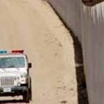 """Se dice que las tropas ubicadas en la frontera son para """"rastrear"""" operaciones del narcotráfico, pero al parecer el narcotráfico es el pretexto para dar continuidad a un arcaísmo de represión y sometimiento que los Norteamericanos han sabido aplicar de las maneras más poco sútiles."""