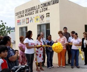 Entrega Ayuntamiento Centro de Desarrollo Comunitario a la colonia Márquez de León