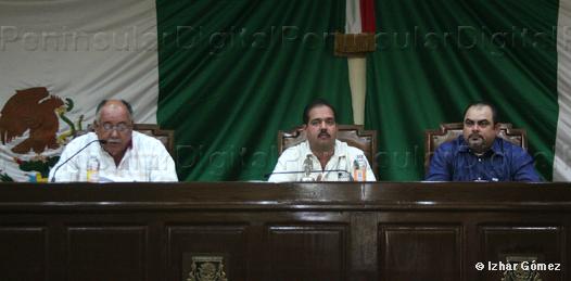 Aprueban licencia temporal al diputado Armando Cota Núñez