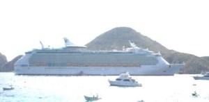 Será el día de mañana cuando arribe a este puerto el crucero Ocean Dreams  de la empresa española Pullman Tours, el cual zarpará de Acapulco y llegará hasta Cabo San Lucas una vez por semana (Lupita Gómez)
