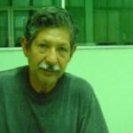 Según eso, Ismael Delgado, que está registrado en Hacienda como plomero, facturó por cuotas de Infonavit y del Seguro Social a un contratista del gobierno de NAM.