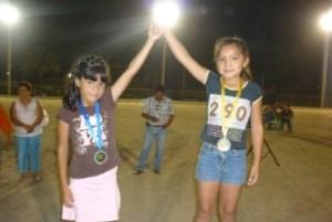 Triunfadores de la primera carrera en Todos Santos con motivo del Festival del Mango.