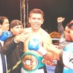 """Felipe """"Indio"""" Romero pondrá en juego su campeonato nacional crucero ante el excampeón mundial Julio González."""