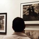 """Los trabajos ganadores en la Cuarta Bienal fueron: en pintura, la pieza """"Tal vez te extrañe"""", de Elti Alejandro López Lora; en escultura, """"Tatuaje en el cuerpo de la palma"""", de Fernando Tames Batha, y en Gráfica, la obra """"Frente y vuelta"""", de Efrén Olalde."""