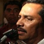 """El exsecretario general de la administración agundista, visiblemente molesto e incómodo al ser interceptado por los medios informativos durante la reunión a la que fueron convocados que tuvieron los precandidatos del sol aztca, sólo se limitó a responder: """"Nada más que es falso"""""""