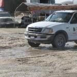Todos los días es el mismo problema desde hace mas de dos meses, el agua no deja de correr por la avenida Leona Vicario una de las principales avenidas de Cabo San Lucas, la cual se encuentra en reparación desde hace mas de 4 años.