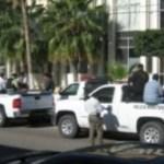 Dispositivo de seguridad y traslado de los autores materiales del atentado a un ciudadano canadiense en Los Cabos. El autor intelectual ya fue aprehendido y resultó ser un ex Ministerio Público Federal.
