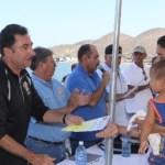 Isla El Pardito, Municipio de La Paz, BCS.-Familias de la isla El Pardito y el campo pesquero San Evaristo fueron beneficiados con el programa de mejoramiento de vivienda que ha puesto en marcha el Gobierno del Estado, el gobernador Narciso Agúndez hizo entrega de apoyos de este tipo en gira de trabajo realizada el fin de semana.