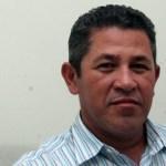 El problema, comenta Eduardo Valdez, radica desde el hecho de que se imponga como líder del sindicato, a una persona sin experiencia, sin perfil, sin conocimiento de los propios estatutos de la ley.