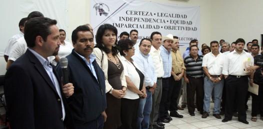 Registradas 3 alianzas ante el IEE: PRD-PT, PAN-PRS y PRI-Verde