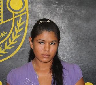 Tras las rejas, una jovencita acusada de violencia familiar