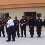 Ante la ola de inseguridad, más policías, exige la comunidad.