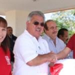 El acto de entrega de uniformes se llevó a cabo en la explanada de la Plaza de Armas Ignacio Zaragoza.
