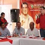 """El candidato a gobernador Ricardo Barroso se manifestó convencido de que la Unión Ganadera regional """"será una aliada fundamental de mi Gobierno, aunque tengo que reconocer que el cambio tenemos que construirlo mutuamente""""."""