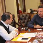 El gobernador Narciso Agúndez se reunió con el secretario de Finanzas José Antonio Ramírez, quien le informó que el Gobierno del Estado erogará en el presente mes de diciembre más de 780 millones de pesos para cumplir con sus compromisos económicos de fin de año.