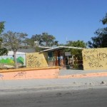 Este es un acto vandálico que sin embargo, Tránsito Municipal no detecta por falta de patrullas que vigilen la zona.