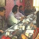 En reunión con doce pastores y ministros de diversos cultos religiosos, Esthela Ponce explicó el porqué de su frase de campaña: La política diferente.