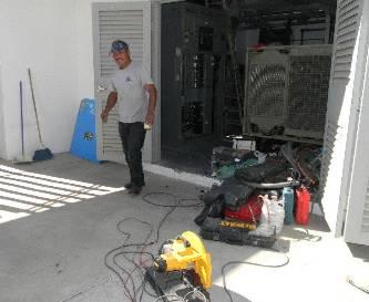 En este momento se está colocando todo el sistema eléctrico y seguirá la capacitación de empleados: Doctor José Jesús López Jordán