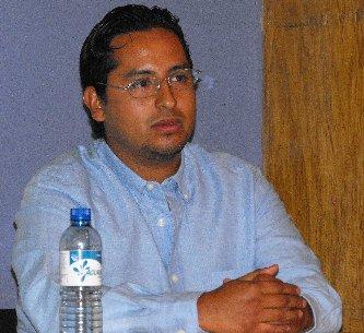 Interesante defensa de su tesis llevó a cabo el nuevo Biólogo Marino  Armando Reyes Becerra