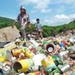 Se estima que se recolecta 87% de los residuos generados, de los cuales poco más de la mitad se envía a 88 rellenos sanitarios y a 21 sitios controlados. El resto, unas 11 millones de toneladas se depositan en tiraderos a cielo abierto o sitios sin control y que, en su momento, pudieran ser aprovechados por las empresas recicladoras de plástico.