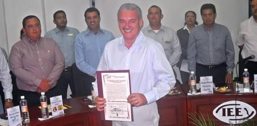 Ratifica el IEE  a Marcos Covarrubias como Gobernador Electo